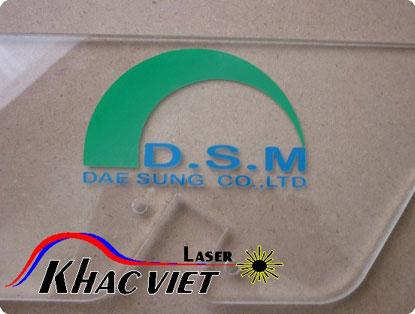 cắt laser trên Mica, khắc laser trên mọi vật liêu